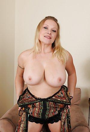 Big tit curvy